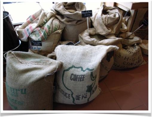 sac-en-toile-de-jute-cafe-vert