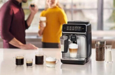 Clean and maintain your bean-to-cup coffee machine: Key steps and products